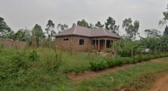 Plots for sale in Mpoma Mukono Kayunga road at shs 80,000,000